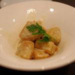 Japanese Vegetable House 菜 - 京芋の唐揚げ 湯葉ソース(600円)