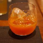 Japanese Vegetable House 菜 - 一根六菜(という名前の野菜ベースの梅酒)ロック