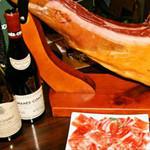ビストロ・ブルータス - 美味しいワインと料理をどうぞ♪