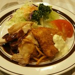 ニューコトブキ - ガーリックチキンと魚フライ