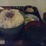 6054937 - ご飯大盛りに小鉢