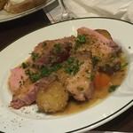 60541885 - 161216東京 ブラッスリーギョラン 熟成黒豚肩ロース肉ロースト