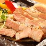 炙りファンク - いさむポークの肩ロースステーキ
