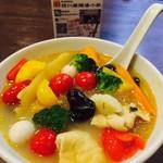 四川麻辣湯 - お野菜たっぷり辛くない白湯スープ♪