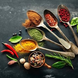 スープは美容・健康・ダイエットに効果的な薬膳調味料を使用♪