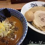 60549269 - 濃厚つけ麺(880円)太麺にドロドロつけダレ!!