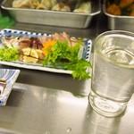 岩田屋酒店 - お造りには燗酒が合う