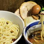 麺屋あらき竃の番人外伝 - 料理写真: