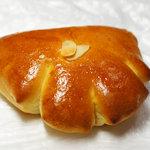 ジャンヌダルク フィスエペール - クリームパン