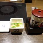 百福 - 今年はお通しが、昨年までの煮こごりではなく、ふぐの酢味噌でした。あとは一緒なので写真は省略します。