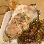 居酒屋鳥のぶ - 牡蠣のグラタン