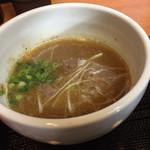 つけ麺 舞 - つけ汁アップ☆。.:*・゜