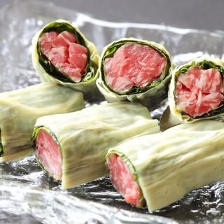 ~「和食の職人」によるお肉の一品料理が豊富~