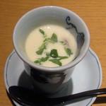 京豆冨不二乃 - 豆腐白みそスープ