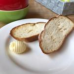60581921 - 付け合わせ自家製パン