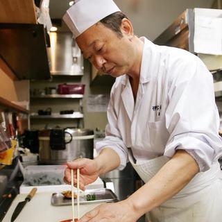日本料理・懐石料理で長年腕を磨いてきた料理人