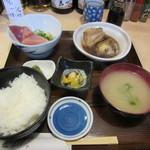 さわら - 刺身盛と銀ムツ煮セット 1100円
