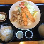 鉄八はっかい - 生姜焼&エビフライ