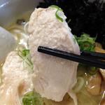 らーめん れんげ - 鶏白湯らーめん680円+粉チーズ50円+岩のり(クーポン)(チャーシュー)