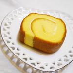 八ヶ岳チーズケーキ工房 - たまごロールケーキ チーズ味
