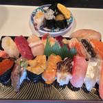 かねとも寿し - かねとも寿し(北海道石狩市厚田区厚田)最特上寿司 2200円