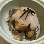 60596133 - 河豚の白子のムース天ぷらの味わいが神がかっていた。                       白子とトリュフの相性はね、王道だよね!