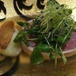 60596135 - 素晴らしい名古屋コーチンのスープが取られているが、柔らかい牛肉の食感がエロい