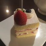 ラウンジ&ダイニング ピア - 苺のショートケーキ