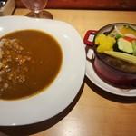60602741 - 野菜カレー\900(16-12)