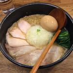 麺屋時茂 - 鶏白湯ラーメン醤油