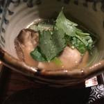 蕎麦前 小まつ - 牡蠣のオオサノリ煮