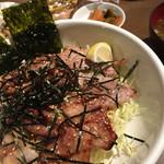 junjun - 熱川ポークトロ、カルビ、ロース三昧丼