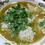 一番餃子屋 - スープ餃子