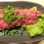 日本酒庵 吟の邑  - 桜肉のなめろう