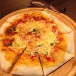 JIS MATSUYAMA - 質、量とも◎の美味しいピザ