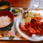 ダンケ - から揚げ定食です。(2016.12 byジプシーくん)