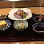 安芸茶寮 - 刺身御膳 2500円。これにご飯、味噌汁、天ぷら、デザート、コーヒーが付くセットです。
