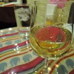 セイロンカリー - 【グラスワイン白】600円料理到着まで、ゆったり待つのが正義。・ω・´)キリッ