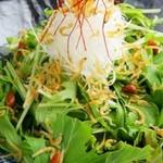 水菜とじゃこのサラダ
