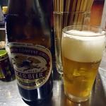 立呑風太くん - 瓶ビールはキリンラガー500円也。