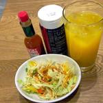 プロント - サラダ&オレンジジュース