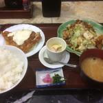 食事処 葵 - 日替り定食 チキン南蛮と豚肉の味噌炒め