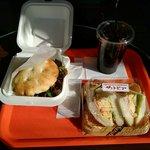 サントピアステラ - 紀州梅・椎茸バーガー、ハム&エッグサンドイッチ、アイスコーヒーMサイズ