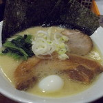 にのみや - 豚骨角煮ラーメン(塩)。1,058円