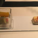 フィオーリア ギンザ アリアブル - ①左)野菜のマリネ  右)スモークベーコンとほうれん草のキッシュ 2016/12/14(水)訪問