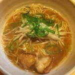 らぁ麺 國 - ぷりぷりホルモンらぁ麺のしょうゆのミニ