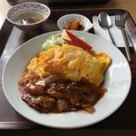 レストラン真珠 - オムハヤシ