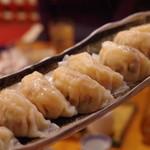 餃子坊 豚八戒 - 料理写真:海老水餃子