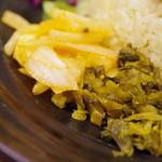 SPICY CURRY 魯珈 - アチャールとマスタードオイル高菜