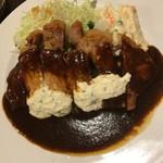 60656167 - ポークステーキ、洋食屋の花形「ポークソテー」はハンバーグと同じデミグラスソースにホースラディッシュのソース添え